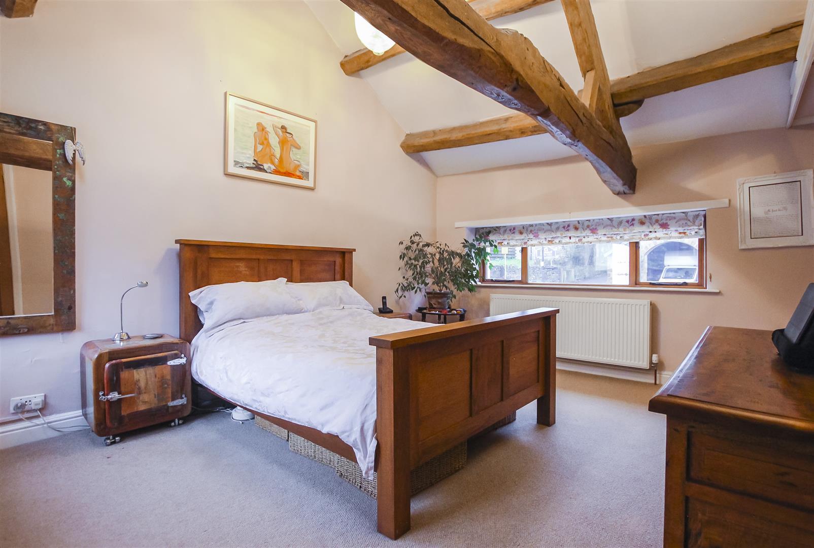 2 Bedroom Cottage For Sale - Main Bedrrom